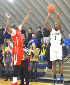 La Lumiere (IN) senior Brandon Cyrus takes a shot from the corner.