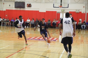 2017 PG Jaylen Hands drives to the basket during Team USA practice.