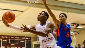 2017 Jaylen Nowell goes up for the layup for his high school Garfield (WA).