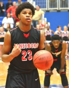 2017 M.J. Walker at the line preparing to take a free throw for his high school Jonesboro (GA).