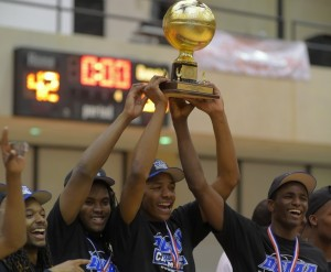 Woodson (DC) takes home consecutive DCIAA titles behind Antwan Walker and company. (John McDonnell, Washington Post)